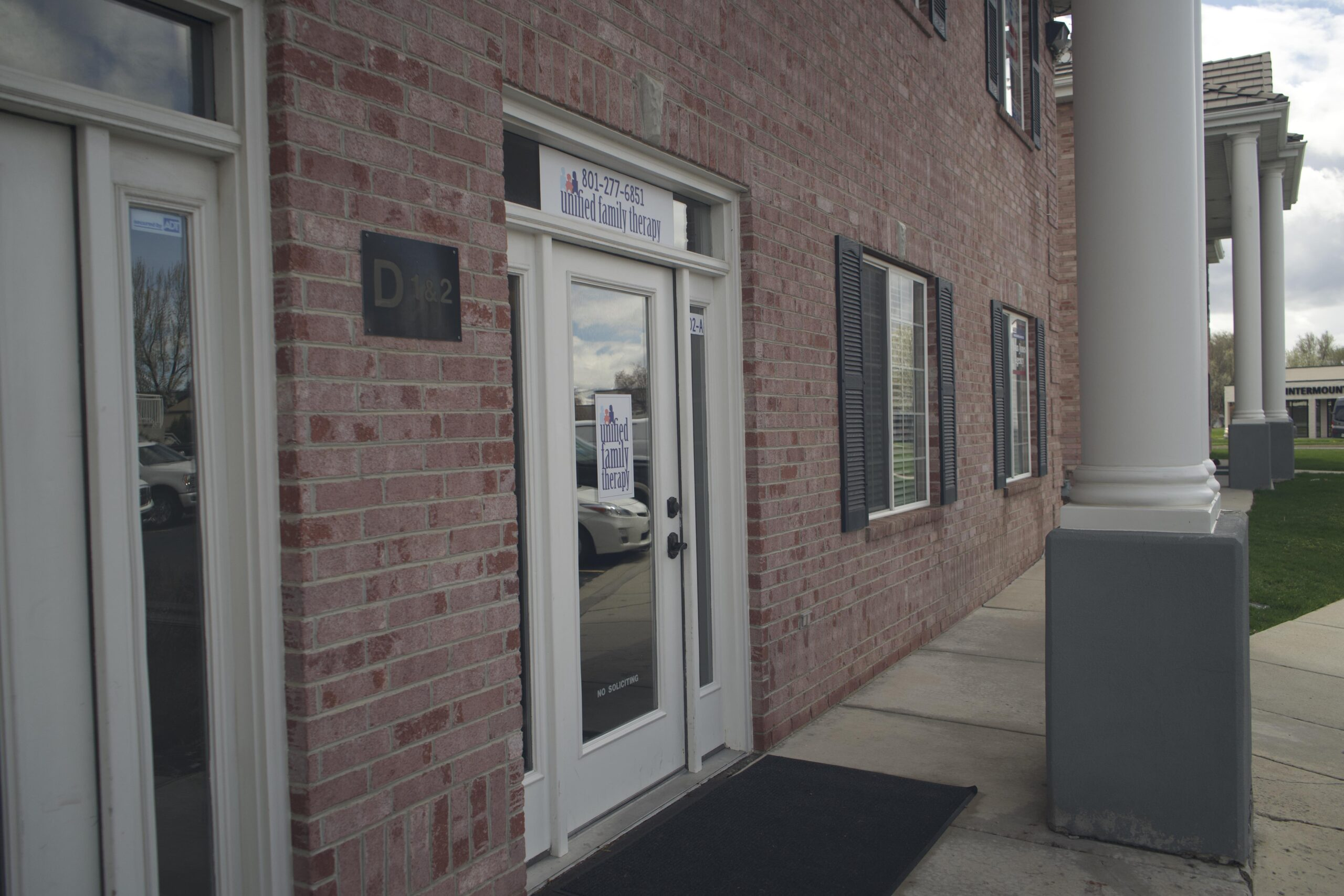 Unified Family Therapy Front Entrance.